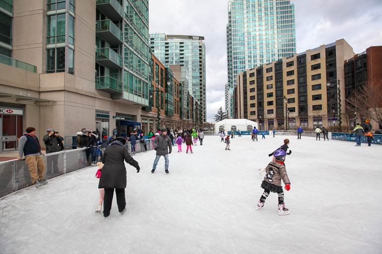 Newport Skates Open-Air Ice Rink